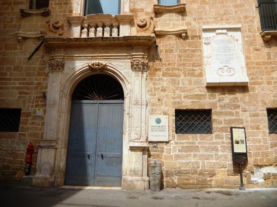 Ex convento di San Francesco (ex caserma Rossarol)