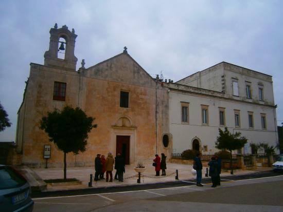 Villaggio del Fanciullo, Chiesa di Sant'Antonio dei Cappuccini
