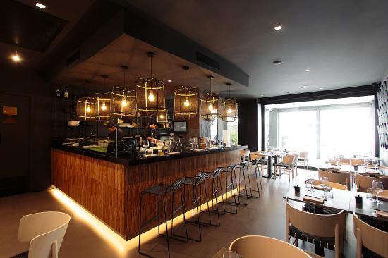 Hagakure - Fusion restaurant & Sushi Bar
