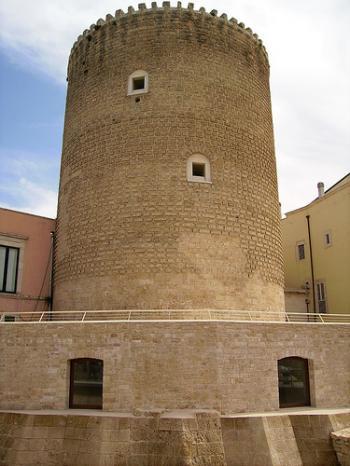 Galleria Civica di Arte Contemporanea, Torrione Angioino