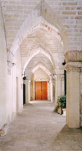 Biblioteca Caracciolo