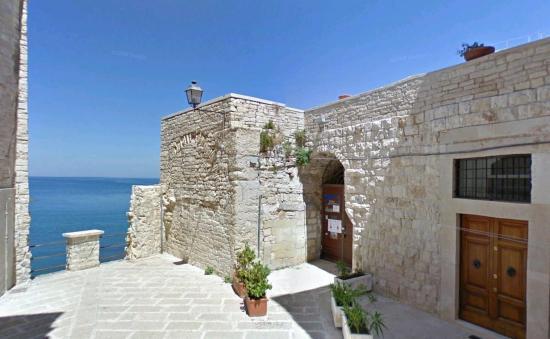 Vedetta sul Mediterraneo