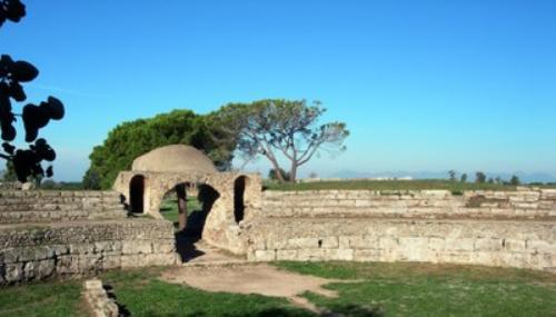 Area archeologica di paestum capaccio il tacco di bacco - Porta sirena capaccio ...