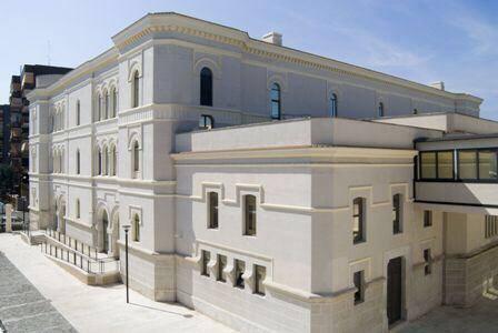 "Biblioteca nazionale ""Sagarriga Visconti Volpi"""