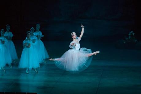 Giselle apre il cartellone dedicato al balletto