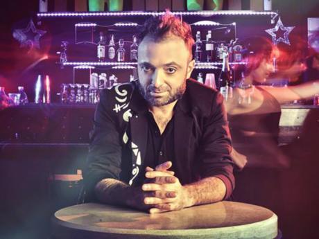 Il cantastorie Dely De Marzo per Acoustic Gargà