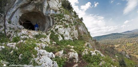 Escursione verso la Grotta dei Millenari ad Ostuni