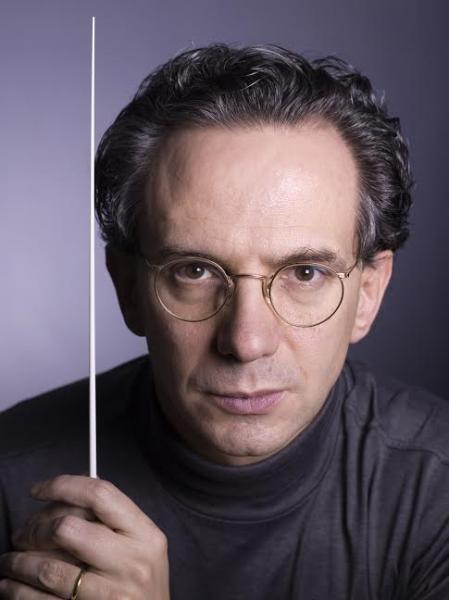 Doppio appuntamento sinfonico all'insegna di Ravel e Beethoven: Fabio Luisi ritorna sul podio dell'Orchestra del Teatro di San Carlo insieme al pianista Joaquín Achúcarro
