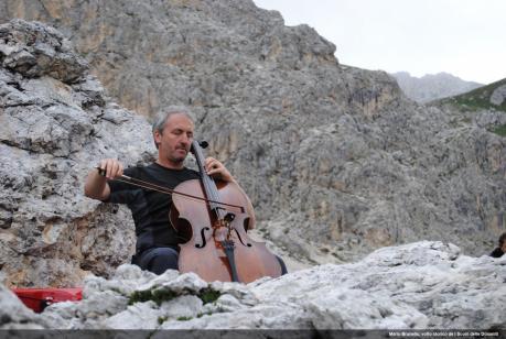 MARIO BRUNELLO violoncello