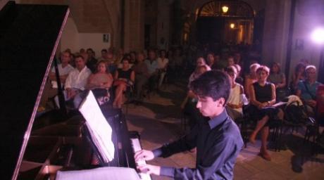 GIUSEPPE DEMAGLIE  pianoforte - Young, le Domeniche in Concerto