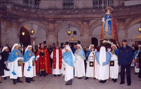 """Processione dell'Addolorata a cura della congrega """"Natività e Dolori di Maria Santissima"""""""