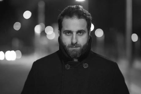 """Matteo Caccia presenta """"Il silenzio coprì le sue tracce"""""""