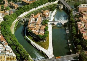 """L'ISOLA TIBERINA: da """"insula dei due ponti"""" al trionfo del Cinema"""