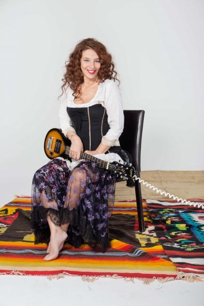 "Teresa De Sio in ""Teresa Canta Pino"""