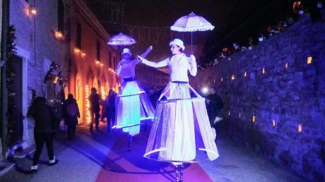 GIROVAGHI  MOBILE CIRCUS: grande spettacolo di artisti di strada a La'nchianata!