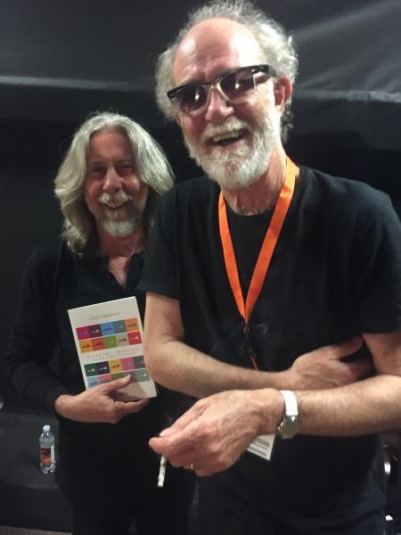 """A Bisceglie Guido Guglielminetti, bassista e produttore di Francesco De Gregori, presenta il suo libro """"Essere…basso - Piccole storie di musica"""""""
