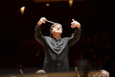 Stagione D'autunno Oles: si Chiude la Prima Terna di Concerti con il Genere Sinfonico, da Mozart a Brahms.