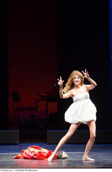 Virginia Raffaele - Performance