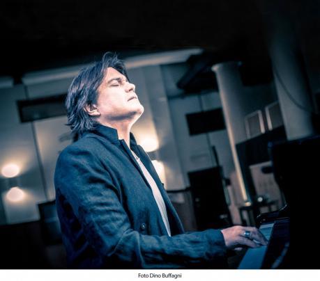 """Cristiano de Andre' in Concerto """"de Andre'canta de Andre'"""""""