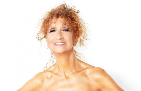 "Anna Mazzamauro in ""Nuda e Cruda"""