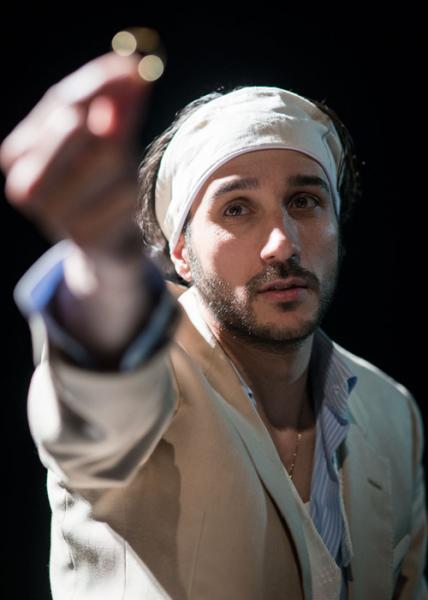 Rassegna teatrale Kairòs a Ruffano presenta Codice Nero con Riccardo Lanzarone e Giorgio Distante