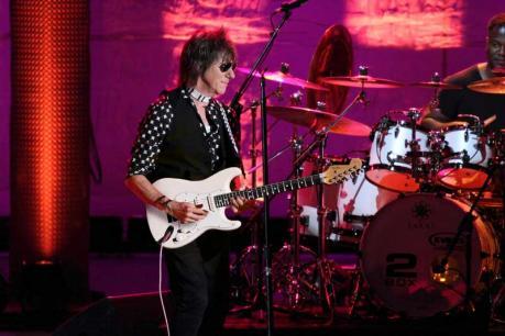 Jeff Beck torna in Italia