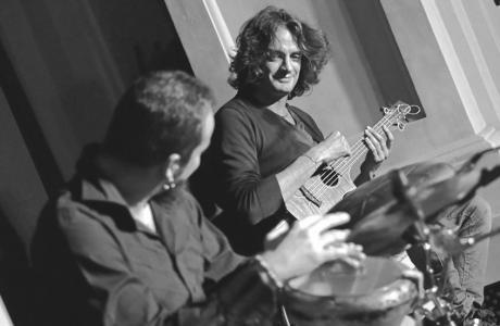 Sabato 23 giugno Danilo Vignola & Giò Didonna, in concerto a La'nchianata di Torricella (Ta).