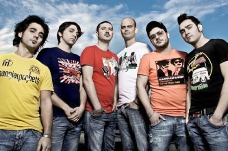 La Giornata Mondiale del Rifugiato nel Salento - Bundamove in concerto