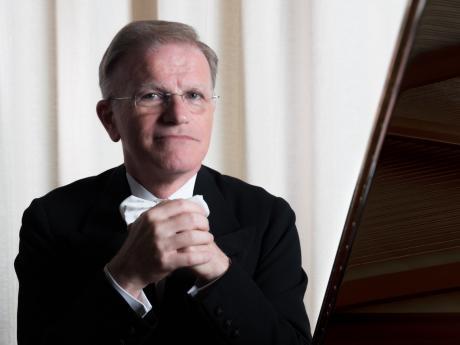 LA SUITE E IL VALZER IN DEBUSSY E RAVEL - Piano recital di Giovanni Umberto Battel