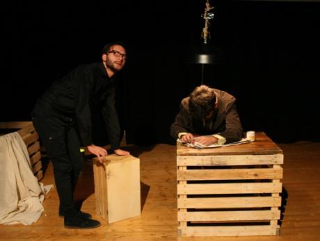 La speranza in un sogno: al Teatro Don Sturzo va in scena il dramma dell'emigrazione