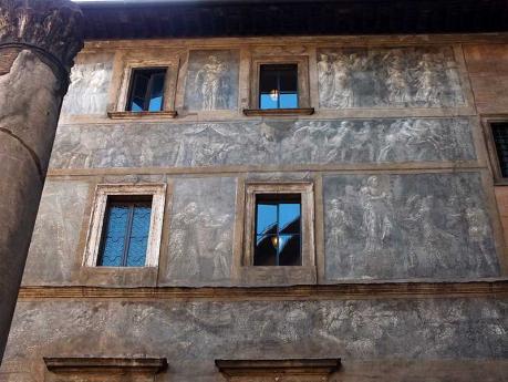 ROMA RINASCIMENTALE: STORIA DELLE FACCIATE DIPINTE TRA I RIONI PARIONE E PONTE