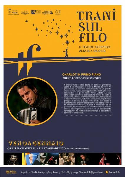 CHARLOT IN PRIMO PIANO