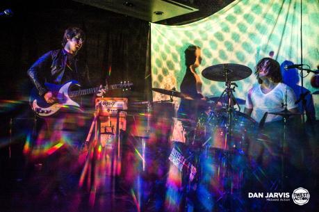 Sisters of Your Sunshine Vapor [Garage Psych USA] live at La Mancha