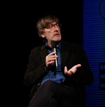 "Roberto Cotroneo presenta ""Niente di Personale"" a Poggiardo"