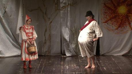 """Teatro delle Forche in """"Cappuccetto Rosso"""" in scena a Grottaglie"""