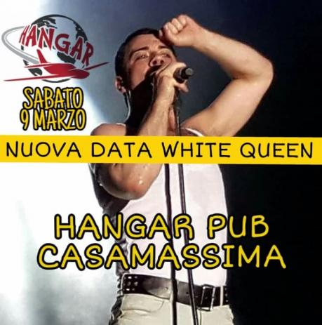White QUEEN in Concerto Hangar Casamassima