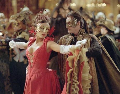 Ballo in Maschera in stile Ottocento, sabato 2 marzo a Bari.