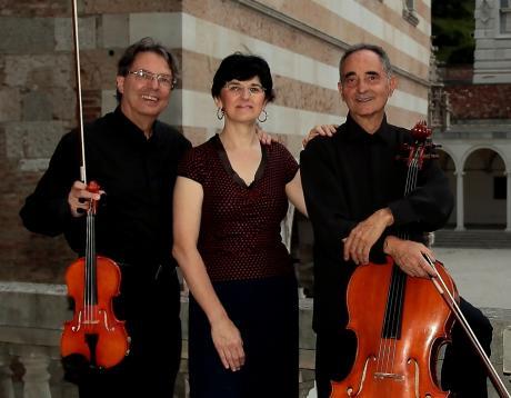 """LA """"CAMERA"""" DELLE MERAVIGLIE - Trio Mezzena / Patria / Ballario"""