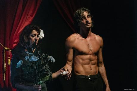 """Amleto take away"" sabato 16 Marzo Crispiano – Teatro Comunale"