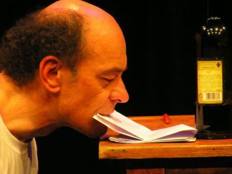 La lettera: Paolo Nani a Teatro Italia