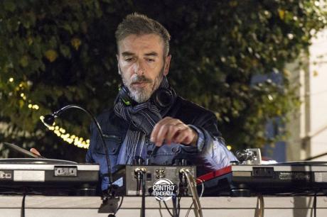 Luigi Cino dei Funky_Bross Dj-set