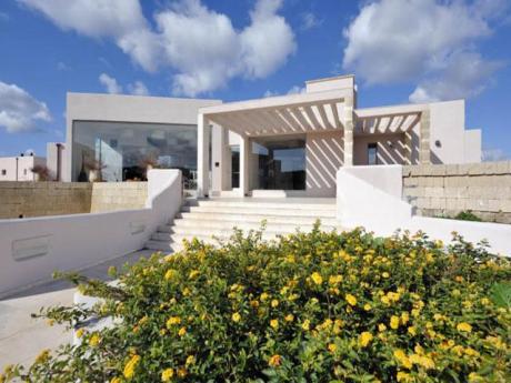 Prenota i migliori Hotel 4 stelle a Otranto su Salentoviaggi.it