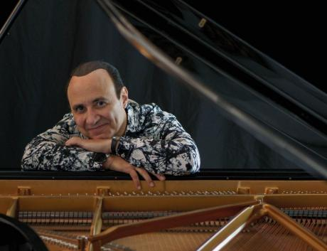 "evento internazionale - MICHEL CAMILO - ""Un piano in salsa latina"""