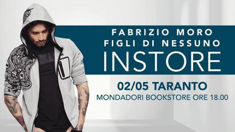 Firmacopie con Fabrizio Moro