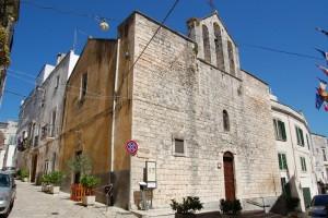 Ricorrenza di San Vito patrono dei pazzi, dei tarantati e dei ballerini nella Sua chiesa medievale