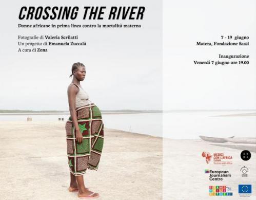 "Mostra fotografica ""Crossing the river"""