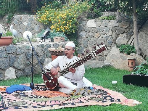 Kantun Winka-Concerto  con il Maestro Sageer Khan in trio