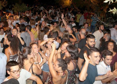 """""""Prima Festa d'Estate"""" sabato 6 luglio a La'nchianata di Torricella (Ta),  con Peg e ORb dj alla consolle."""