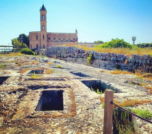 """""""Taglio del nastro"""" per la riapertura del Parco Archeologico di Manduria, mercoledì 17 luglio."""