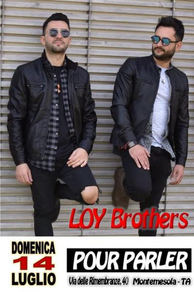 Loy Brothers live